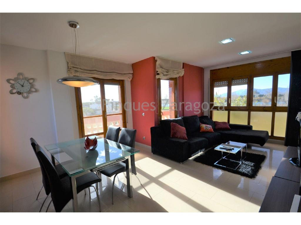 For sale this flat in the area of Jesús y María (Deltebre), in the heart of the Ebro Delta, close to the municipal market, SPAR supermarket, bakery, bars, recreational area, etc. With very good views to the river Ebro.First floor flat of 89m² constructed and distributed in entrance hall, hallway, separate kitchen with balcony, living/dining room with balcony, 4 bedrooms, 1 bathroom with shower and 1 toilet. Both the living-dining room and 2 of the bedrooms are equipped with air conditioning (hot and cold). The flat faces east, south and west, enjoying the sun all day long.It is equipped with ceramic hob, oven and electric boiler, and double glazed aluminium windows. The windows in the living-dining room are the original ones (wood).It also has a private storage room on the 3rd floor, with washing machine and communal solarium with unobstructed views.